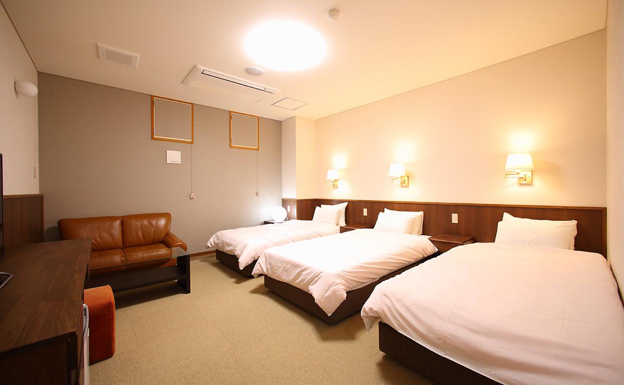 部屋・東山