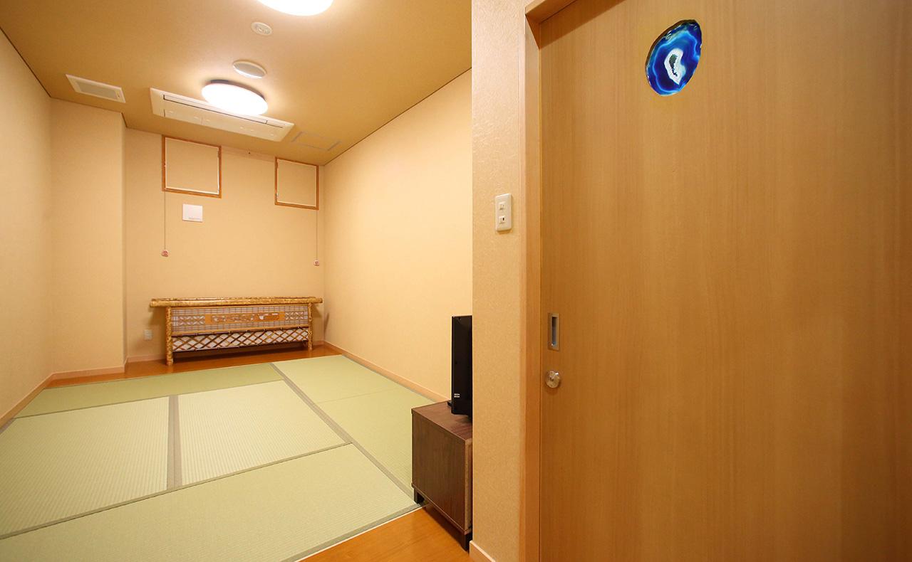 部屋・北野1