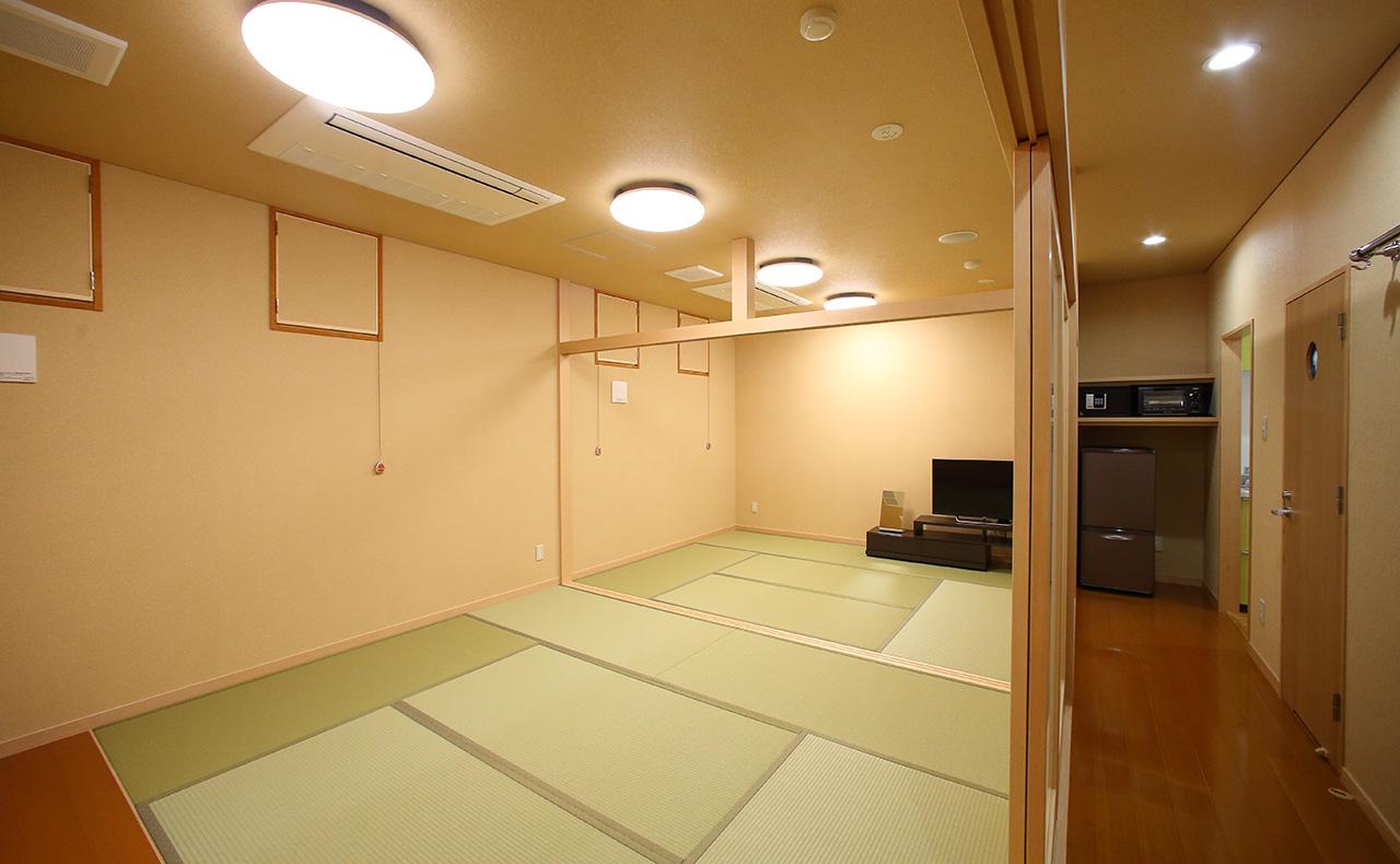 部屋・西院1